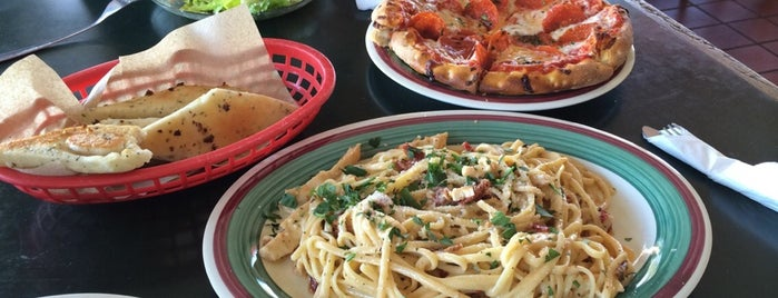 Tony & Alba's Pizza is one of Orte, die Olivia gefallen.