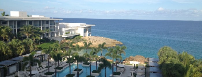 Four Seasons Resort and Residences Anguilla is one of Tempat yang Disukai Ashley.