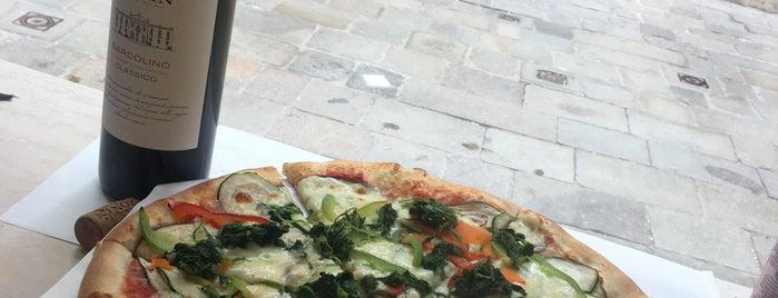 Pizza 2000 is one of Veneto.