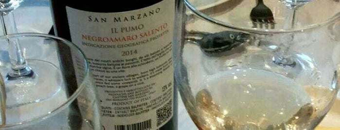 La Mimosa is one of สถานที่ที่ Alejandro ถูกใจ.