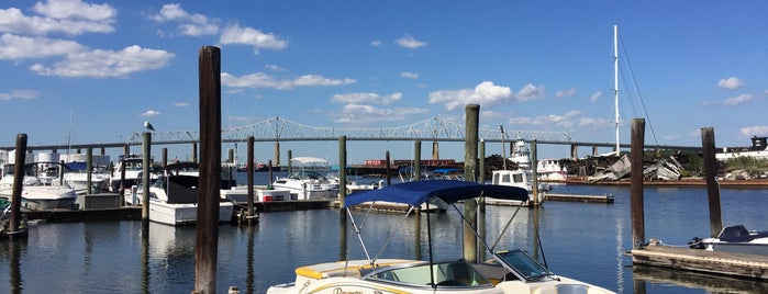 Tottenville Marina is one of Places to Explore.