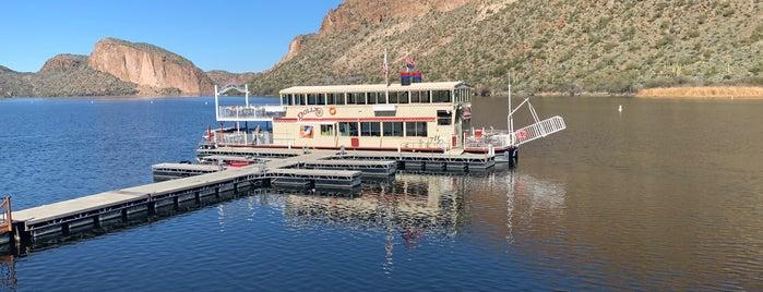 Dolly Steamboat on Canyon Lake is one of FamilyFun's Phoenix, AZ.
