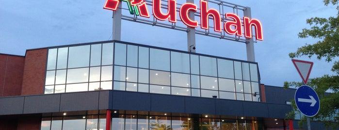 Auchan is one of Lugares favoritos de Adam.