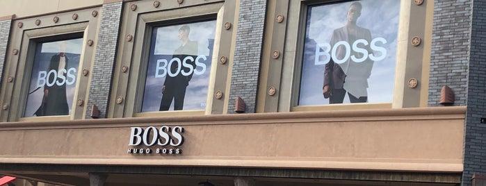 Hugo Boss is one of Lugares favoritos de Dan.