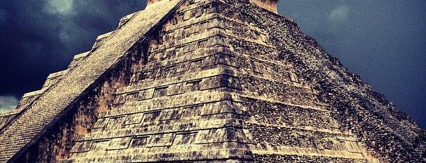 Zona Arqueológica de Chichén Itzá is one of Sitios Internacionales.