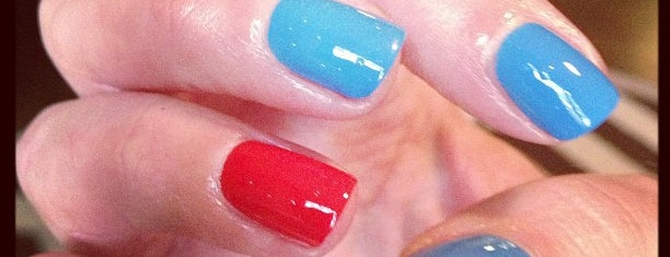 The 15 Best Nail Salons In Los Angeles