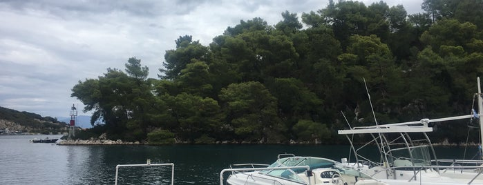 Paxos Port is one of Locais curtidos por Dilek.