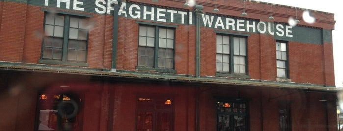 Spaghetti Warehouse is one of Tammy 님이 좋아한 장소.