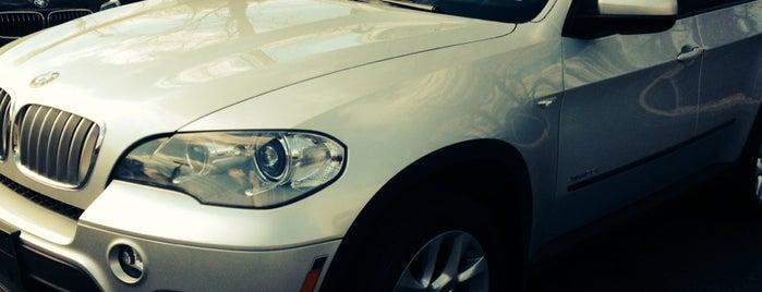 BMW of Bayside is one of Tempat yang Disukai Dave.