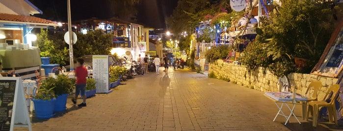 Kaş Çarşı is one of Orte, die Gamze gefallen.