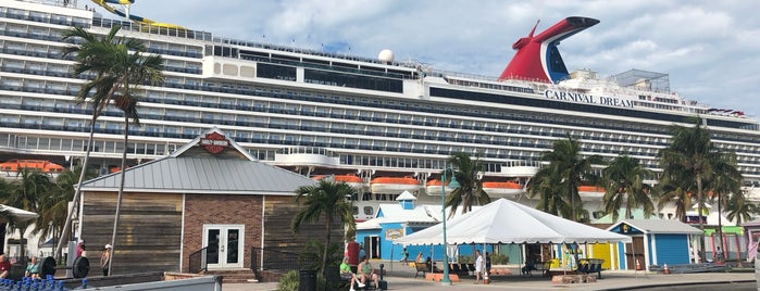 Carnival Cruise Dream is one of New Orleans 2.0.