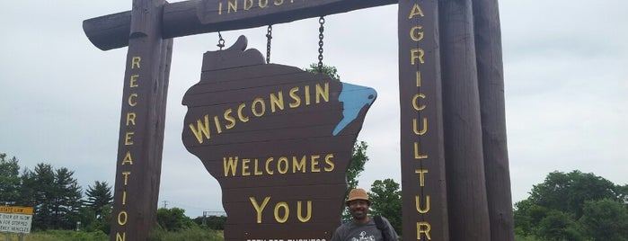 Wisconsin Welcome Sign is one of สถานที่ที่ Miguel ถูกใจ.