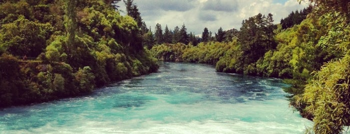Huka Falls is one of Новая Зеландия.