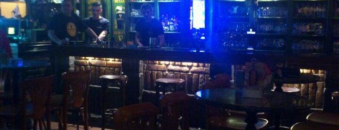 Irish Pub is one of สถานที่ที่ Strahinja ถูกใจ.