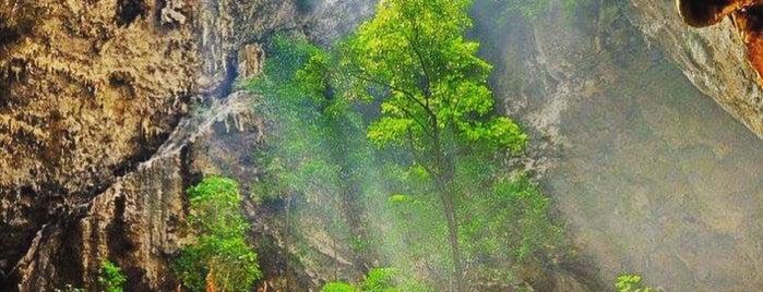 Phraya Nakhon Cave is one of Tempat yang Disukai Torzin S.