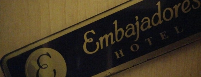 Embajadores Hotel is one of Restaurantes Saludables.