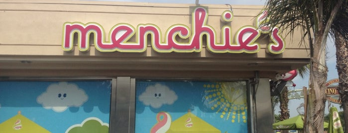 Menchie's Frozen Yogurt is one of Lieux qui ont plu à Stephanie.