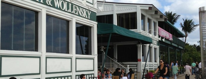 Smith & Wollensky is one of Miami Restaurants.