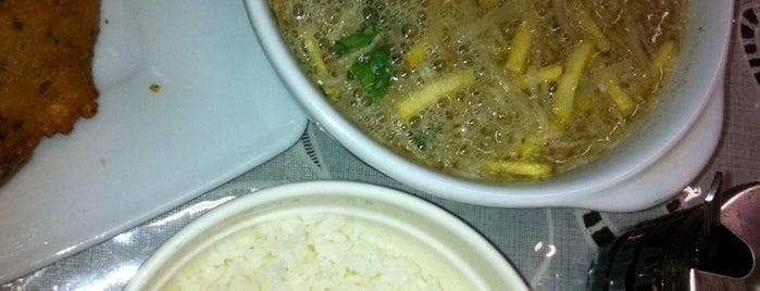 Farida Surinaams restaurant is one of Petri'nin Kaydettiği Mekanlar.