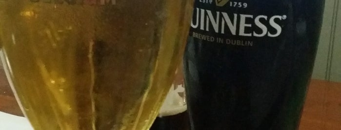 Mannion's Irish Pub is one of Lizzieさんの保存済みスポット.