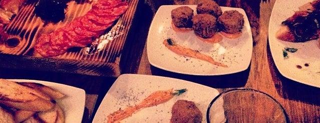 La Continental is one of Restaurantes x ir!.