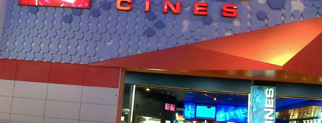 Yelmo Cines Plaza Imperial 3D is one of Cines.