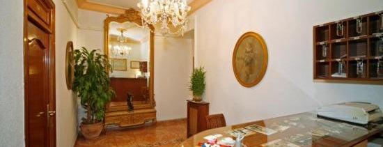 Hostal Prada is one of Los mejores hoteles y hostales de Madrid.
