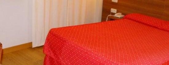 Di'Carlo is one of Los mejores hoteles y hostales de Madrid.