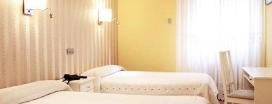 Hostal Los Ángeles is one of Los mejores hoteles y hostales de Madrid.
