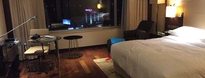 Kochi Marriott Hotel is one of Ba6aLeE 님이 좋아한 장소.