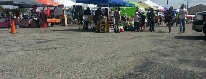Flea Off Market is one of Lugares favoritos de Steve.