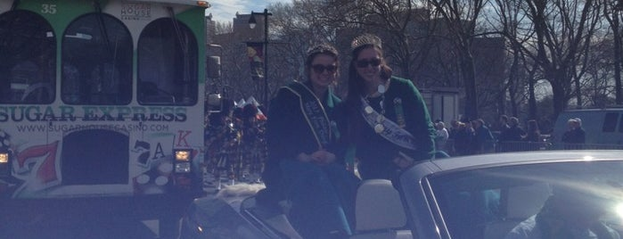Philadelphia St. Patrick's Day Parade is one of JULIEさんの保存済みスポット.