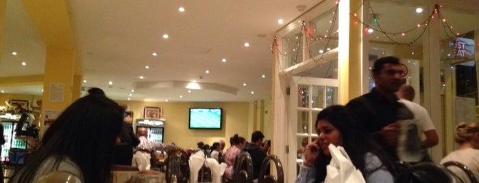 Lahore Kebab House is one of Locais curtidos por Matthew Albert.