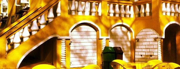 Casa Amarela is one of Locais curtidos por Bruno.