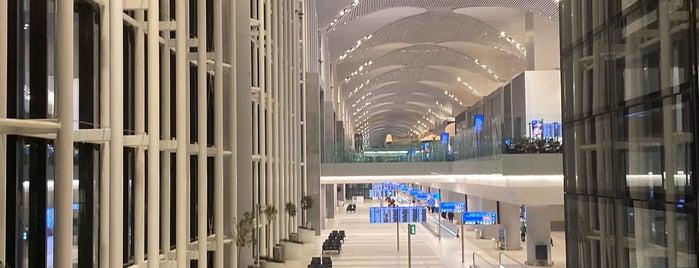 Dış Hatlar Gidiş Terminali is one of henry'in Beğendiği Mekanlar.