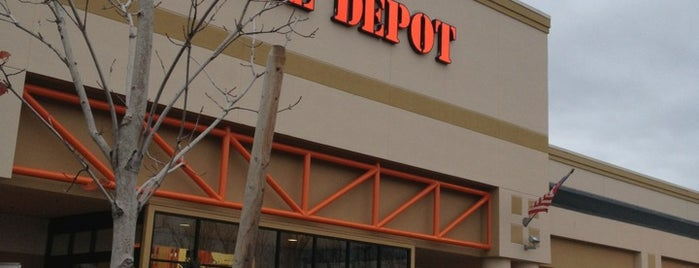 The Home Depot is one of Lugares favoritos de Alberto J S.
