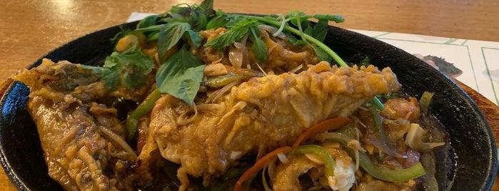 Vietnamese Foodies is one of Dubai / Eat.