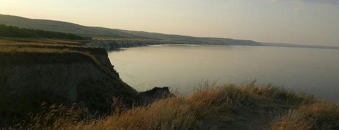 утес степана разина is one of Саратовская губерния.