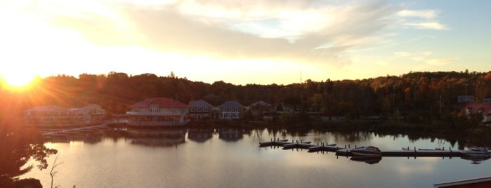 Residence Inn Gravenhurst Muskoka Wharf is one of Dan 님이 좋아한 장소.