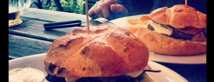 Fraktal is one of Nejlepší Burgery.