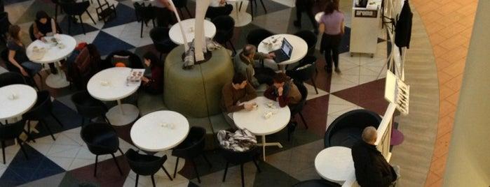 Aroma Café is one of Posti salvati di Dmitriy.