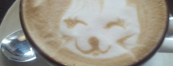 Кофе Семь is one of สถานที่ที่ Flore ถูกใจ.