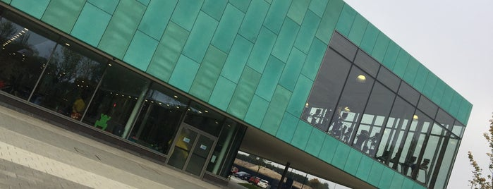 Wycombe Leisure centre is one of Carl 님이 좋아한 장소.