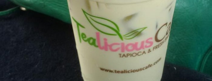 Tealicious Cafe is one of Posti che sono piaciuti a G.