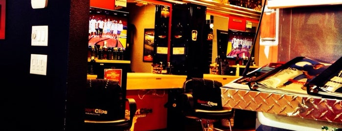 Sport Clips Haircuts of Palm Springs - Gene Autry Plaza is one of Don 님이 저장한 장소.