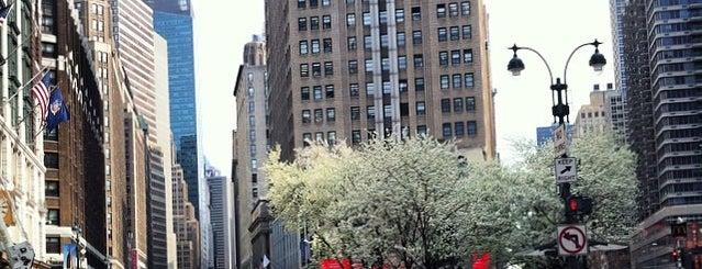 Herald Square is one of Nova York.