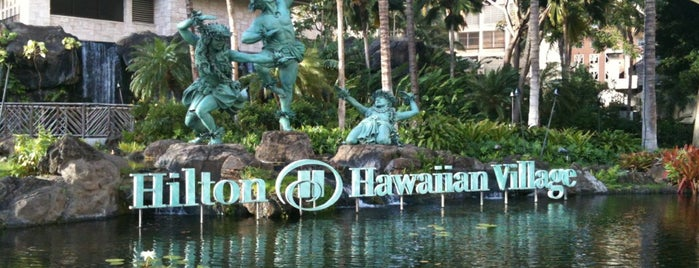 Hilton Hawaiian Village Waikiki Beach Resort is one of David 님이 좋아한 장소.