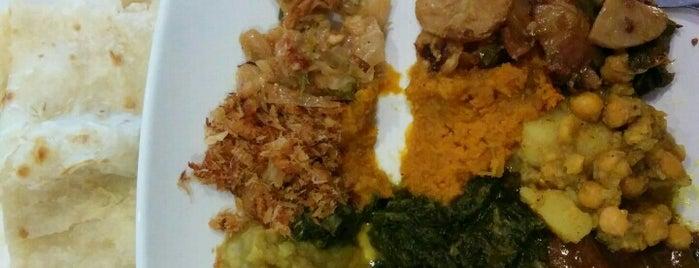 Drupati's Roti & Doubles is one of Mange avec moi.