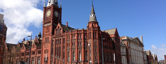 University of Liverpool is one of Locais curtidos por S.