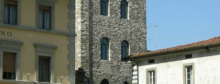 Torre Di Catilina is one of Pistoia.